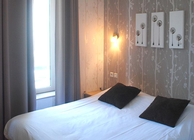For your holidays, nice Room Upper at hotel near Eden Saint Malo intramural